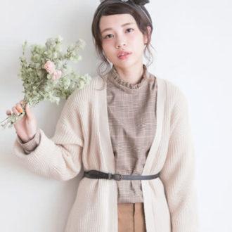 """おしゃれ女子の新定番""""襟コンシャス""""コーデって?"""