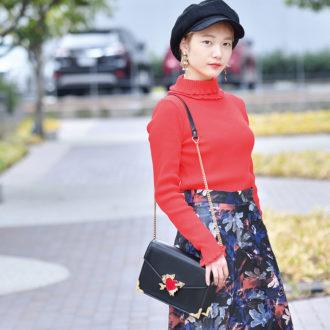 【Street Snap】街のファッショニスタもミニバッグを愛用中♡