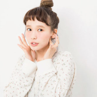 """5分で変われる☆バレンタイン直前にやるべきモデル流""""小顔""""ケア"""