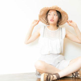 青文字系No.1・flower×merコラボ!大人かわいい透明感ブラウス&イヤアクセが発売♡