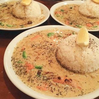 【関西merプレス】珍しい白いカレーにオシャレな店内!大阪でカレーを食べるなら「yobareya」が断然オススメ