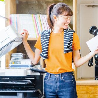 """【明日のコーデ】""""オレンジ""""で王道Tシャツコーデを可愛く更新♡"""