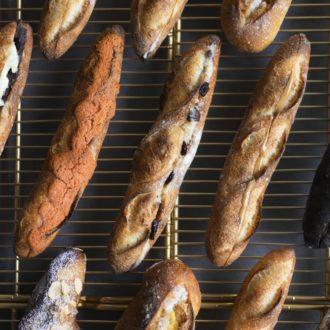 パン好き必見!「注文の多いバゲット専門店」が期間限定オープン