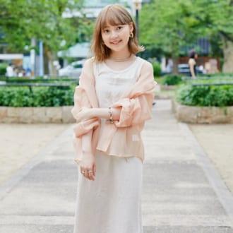 """【Today's merSNAP】2019のモテカラー♡ オシャレさんは""""エクリュコーデ""""に夢中"""