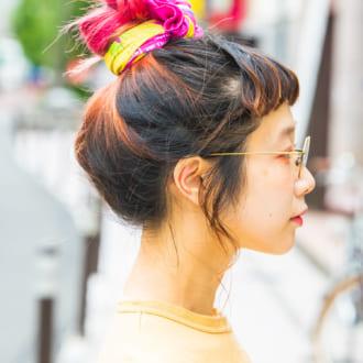 【ヘアアレSNAP】スカーフで激変♡ 映えるお団子アレンジ