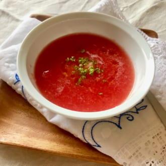 夏を乗り切る! 紫外線対策に効くレシピ  ~トマトとスイカの冷製スープ~