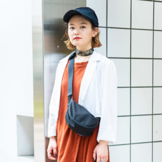 "【Today's merSNAP】秋の大人カジュアルは""テラコッタ×ブラック""がオシャレ"