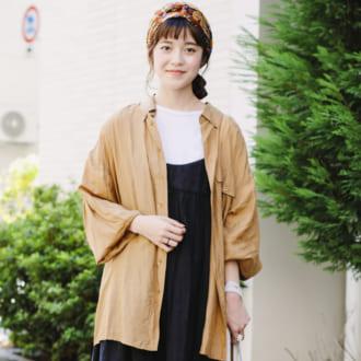 【Today's merSNAP】オーバーシャツの羽織り使いがイマドキ♡