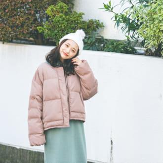 """【12/21のコーデ】冬の街に映える! ニットワンピは""""ミント""""で差を付ける"""