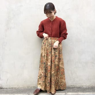 オシャレさんに学ぶ! ニット×柄スカートの1ランク上の着こなしテク