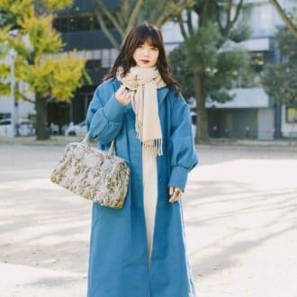 【Today's merSNAP】ホワイト×ブルーで冬美人 キレイめカラーコーデ