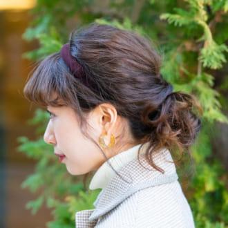 【ヘアアレSNAP】カチューシャで上品に♡くるりんぱお団子アレンジ