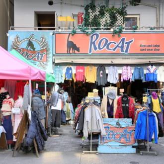 【名古屋】古着初心者向け! プチプラ&ガーリーが揃う古着屋「ROCAT(ロキャット)」