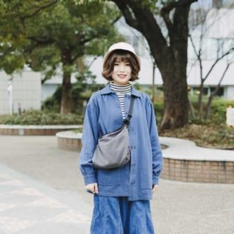 【Today's merSNAP】2020春の新常識!「デニムonデニム」はゆるだぼで着る