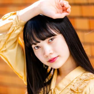 キレイすぎる黒髪ロングで惹き込む♡ 現役大学生モデル「大石楓夏」ちゃん