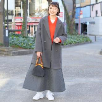 【Today's merSNAP】差し色はオレンジで。ジャケット×スカートのセットアップ風で作るトラッドスタイル