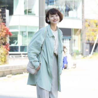 【Today's merSNAP】旬シルエはトレンドカラーでキャッチ♡ 大人可愛いゆるずるコーデ