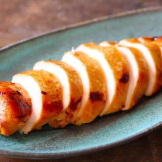 定番調味料だけでコク旨! 鶏むね肉の西京漬風