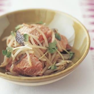 【2食材だけ!糖質オフ献立】さけのめんつゆ煮&豆腐のサラダ