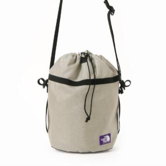 これは買い!実力派なのに今っぽい『ノースフェイス』の巾着バッグ