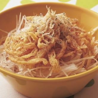 常備調味料で簡単! 鶏むねのみそ炒め&大根サラダ
