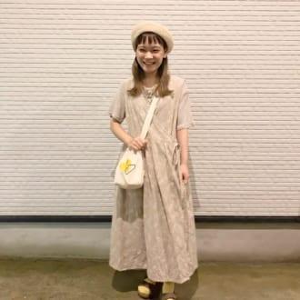 【Today's merSNAP】カシュクールワンピでほっこり可愛い♡ ショップスタッフのベージュコーデ
