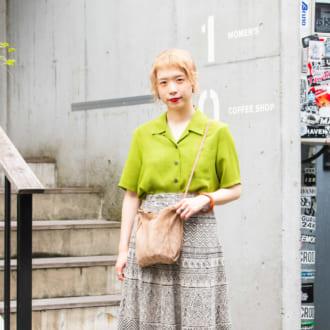 【Today's merSNAP】派手色シャツが主役♡ 「色×柄」でも大人見えするって知ってた?