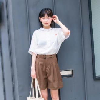 【Today's merSNAP】くたっとした質感が可愛い♡ 大人女子はスクール風コーデでこなれる