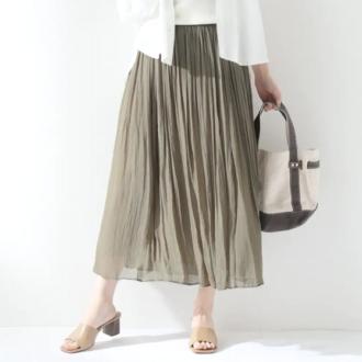 今買うべきは3ヶ月先まで使えるスカート【夏〜秋コーデ実例】
