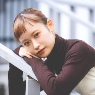 「オン眉」が可愛いと話題! 現役大学生モデル「夏鈴ちゃん」って?