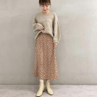 秋冬の超定番「ニット×スカート」コーデ。オシャレさんはこう合わせる!