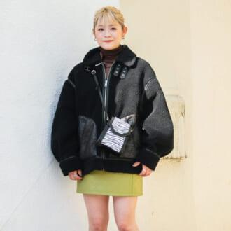 【Today's merSNAP】スタイルアップも叶う♡ ボリュームジャケット×ミニスカートのメリハリコーデ