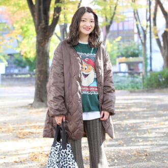 【Today's merSNAP】ショップスタッフがお手本♡ 冬の定番「キルティングコート」の大人カジュアルな着こなし