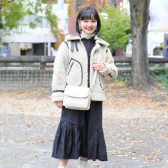 【Today's merSNAP】×ワンピで大人可愛いをGET♡ 旬の「フライトジャケット」を着こなすコツ