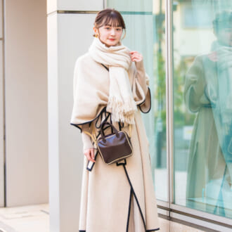 【Today's merSNAP】オシャレさんの「パイピングコート」が可愛い♡ 冬のアイボリーコーデ