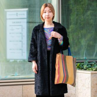 【Today's merSNAP】ブラックでグッと引き締めて♡ 「カラフルニット」の着こなし方