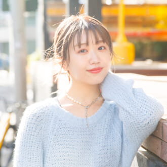 """モデルが着こなす""""春色ニット""""♡ 碓井玲菜が推す、マルチジャンルに活躍なニットは?"""