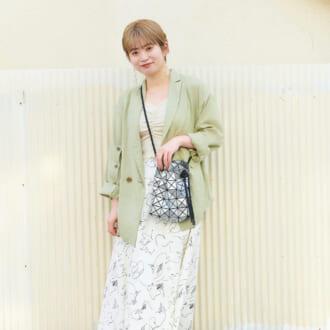 【Today's merSNAP】今春HOTな「ジャケット」が主役♡ 淡色コーデの大人な着こなしテク