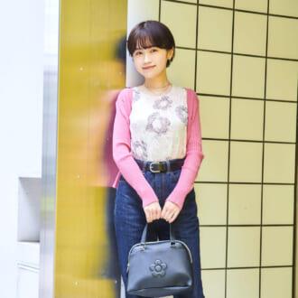 【Today's merSNAP】ピンクでオンナ度UP♡ 「ハイウエストデニム」で作る大人可愛いコーデ