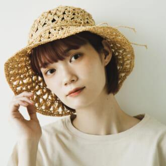 快適でオシャレ♡ 色白モデルがリアル使いする「麦わらハット」