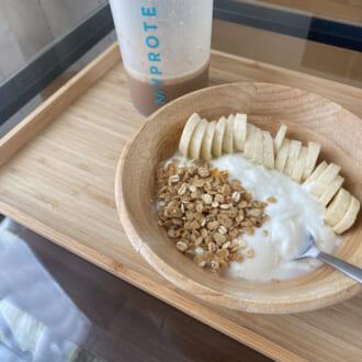 フルーツ&ヨーグルトが美の秘訣! モデルがリアルに食べてる「定番朝ごはん」