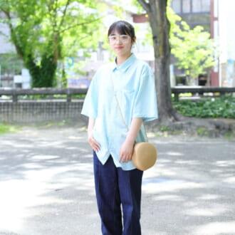 【Today's merSNAP】今すぐマネしたい! ブルー×ストライプのトレンド残暑スタイル